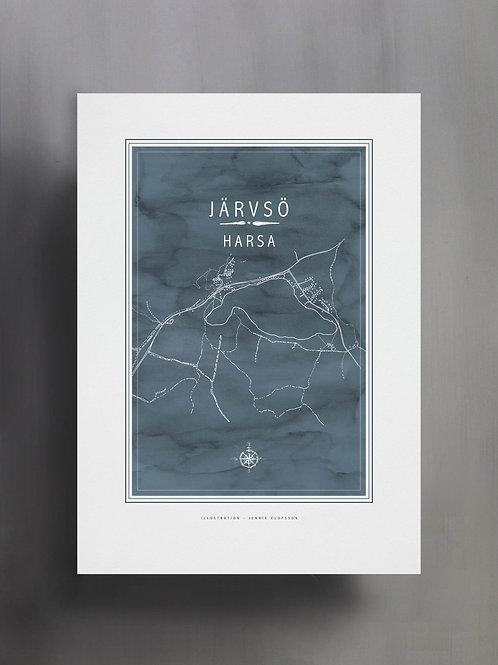 Handtecknad poster i akvarell i färgen stengrå, en karta över Harsa, Järvsö
