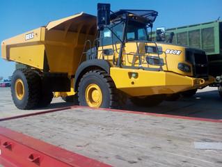 Aktis transports 5 dump trucks via Ro-Ro Vessel