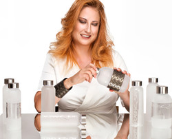 flashqua-steklenicka-flaska-bottle-darilo-gift-unikat-unique-personalized-zerowaste-fashion-kim-urba