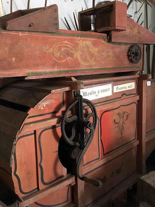 La vanneuse / Fanning Mill