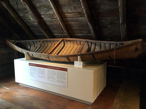 Le canot d'écorce de bouleau / Birch Bark Canoe