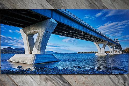 Champlain Bridge, Metal