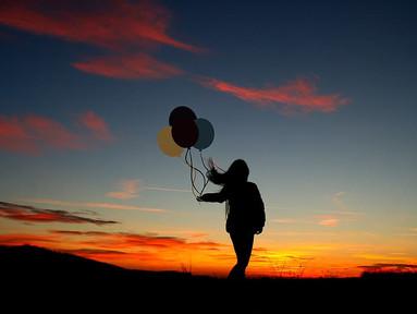 Loslassen ist der erste Schritt, Neues im Leben willkommen zu heißen: Wie Du in 5 Schritten Dinge in