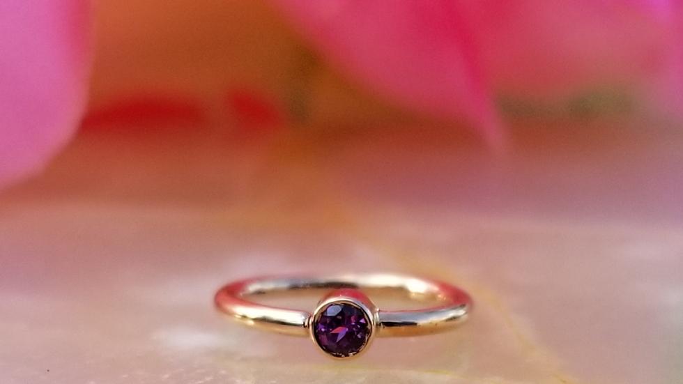 Genuine Gemstone Fixed Bead Ring (forward facing)