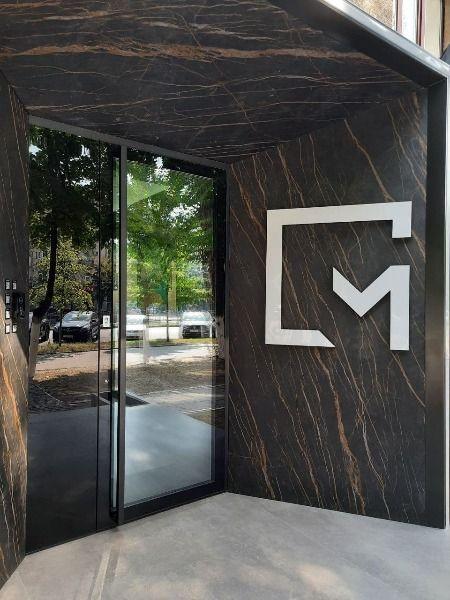 Склянні вхідні двері в студію (1).jpg