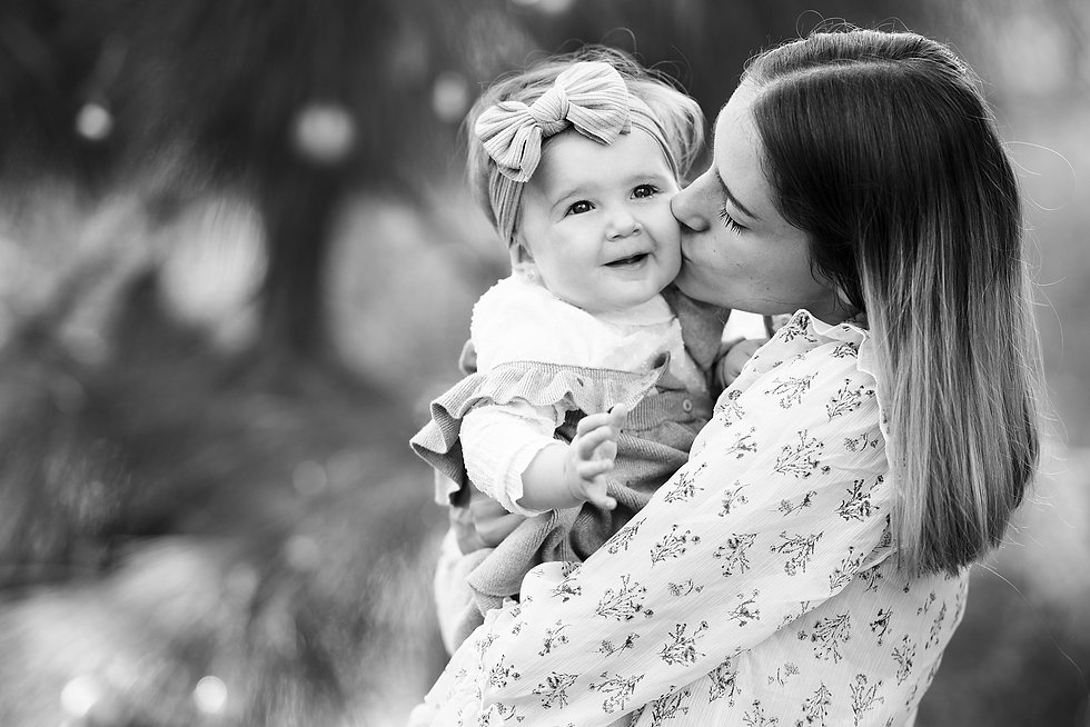 newborn baby and family photography in m