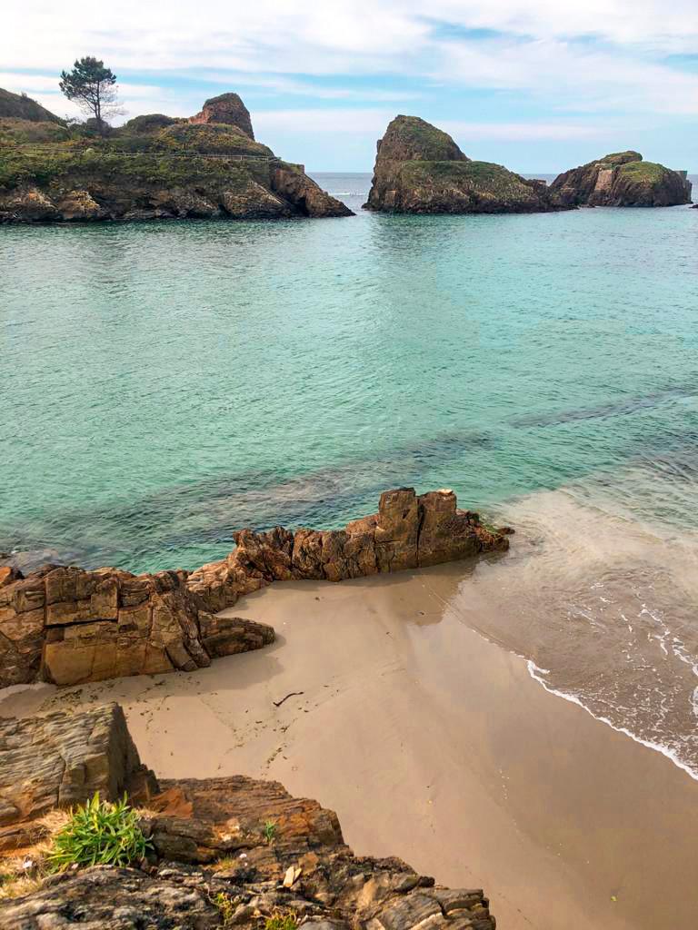 Playa de Porcía en el Occidente Asturiano