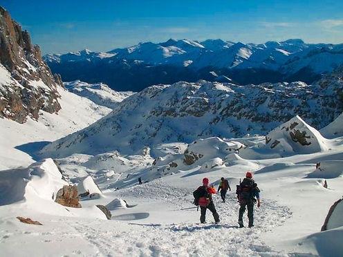 Raquetas-de-nieve-en-asturias.jpeg