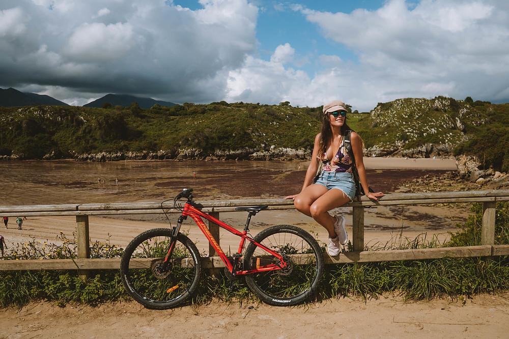 Ruta en Bicicleta por la playa de Poo, Llanes