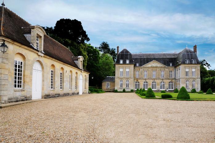 Le château et son orangerie