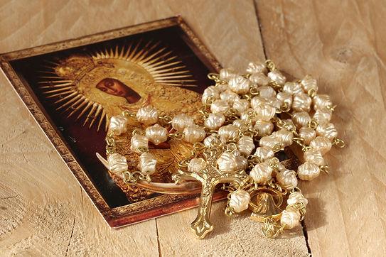 the-rosary-1766404_1920.jpg