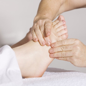 Why is there pain in the sole of my foot? What is plantar fasciitis?