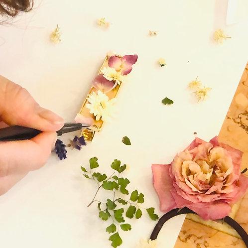 お庭の花をアクセサリーに