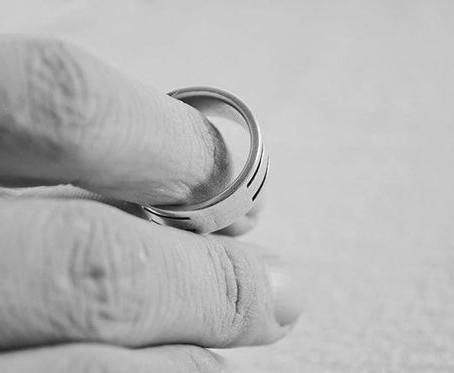 Признаки надвигающегося развода