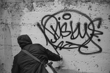 Graffiti writer Risky