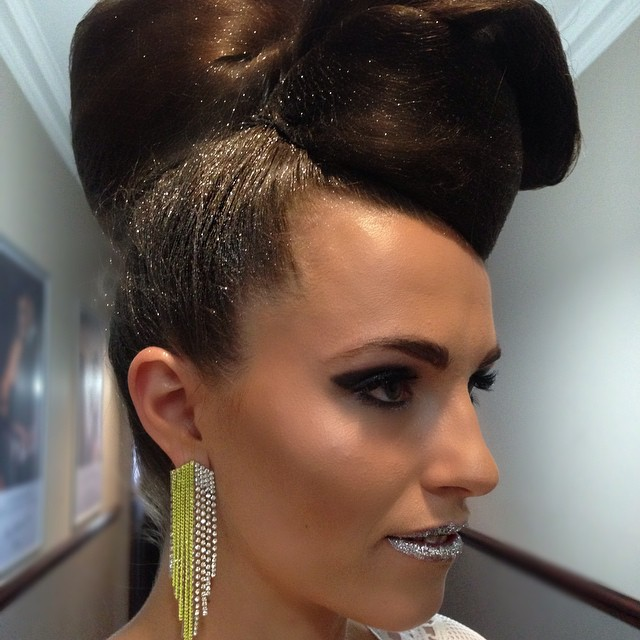 #hairandmakeup #kristiehedingtonhairandmakeup #glitterhair #sparkles