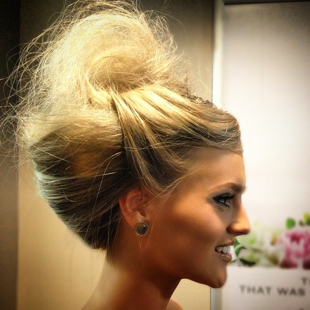 #hairandmakeup #hairshow #kristiehedingtonhairandmakeup  #glitterhair