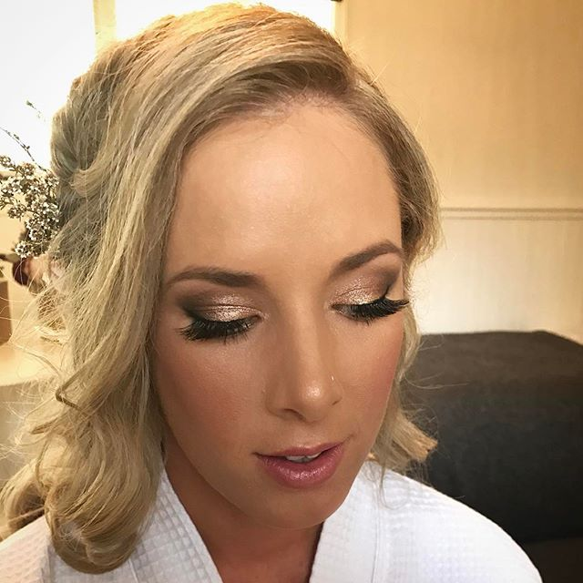 Thanks _alicia_rene87 for the most incredible weekend! Was an absolute pleasure doing your makeup fo