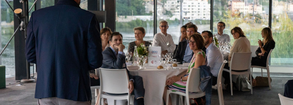 Smilzz_CFO_Dinner_49.jpg