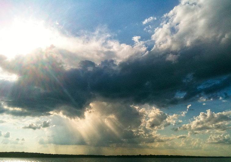 Lake Palestine Clouds1 Flint Texas .jpg