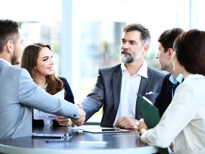 Onze jurist adviseert: 7 juridische tips bij het sluiten van contracten