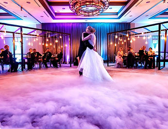 dancing-on-the-clouds-dry-ice-machine-Co