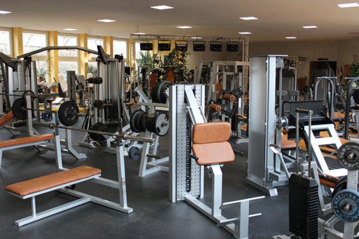 fitnessstudio11.jpg