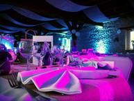 Eclairage de Salle Fushia & Bleu Ciel