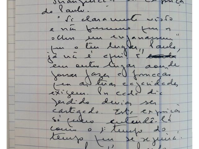 Texto de opinião manuscrito