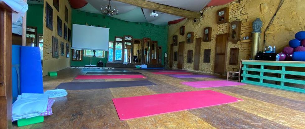 Salle Yoga AetG.jpg