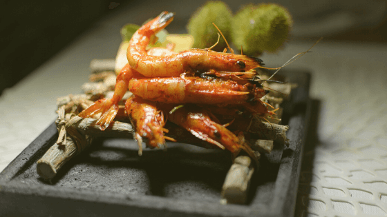 Does seafood contain plastic?