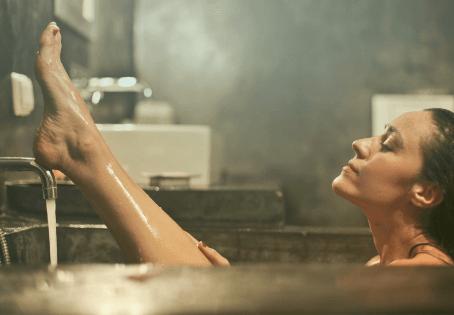 Zero Waste Bathroom: 7 Product Ideas to Help You Go Waste Free