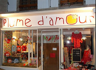 plume d'amour boutique.jpg