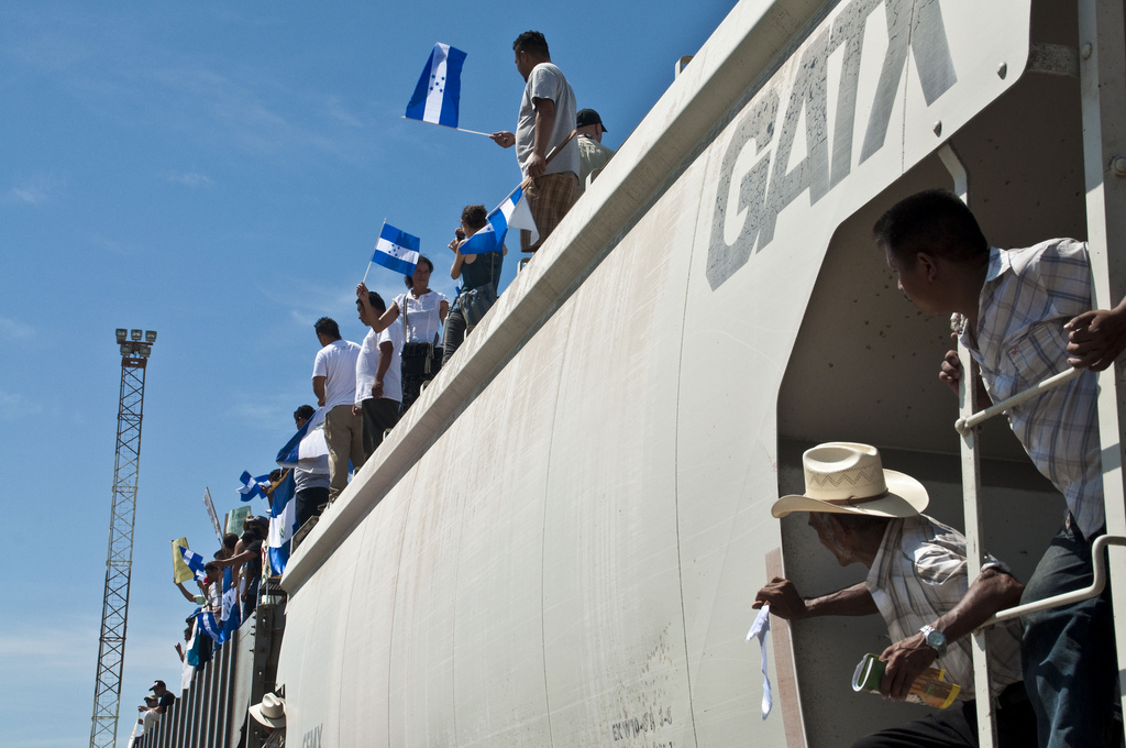 5987983324_9c41dabe74_b_hondureños_en_el_tren