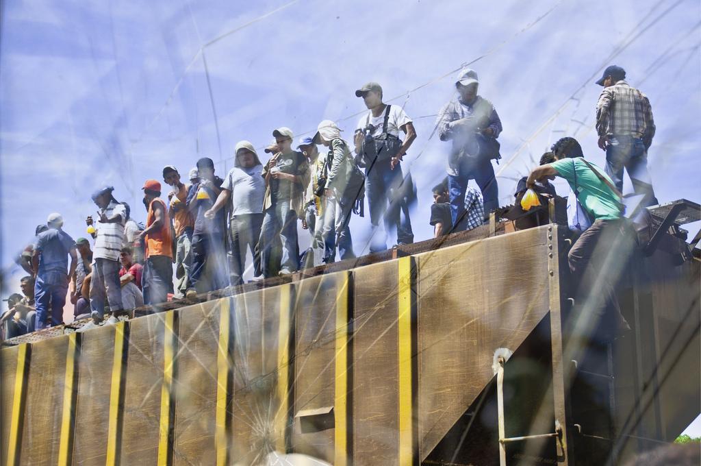 5987453941_cc77197867_b migrante en el tren