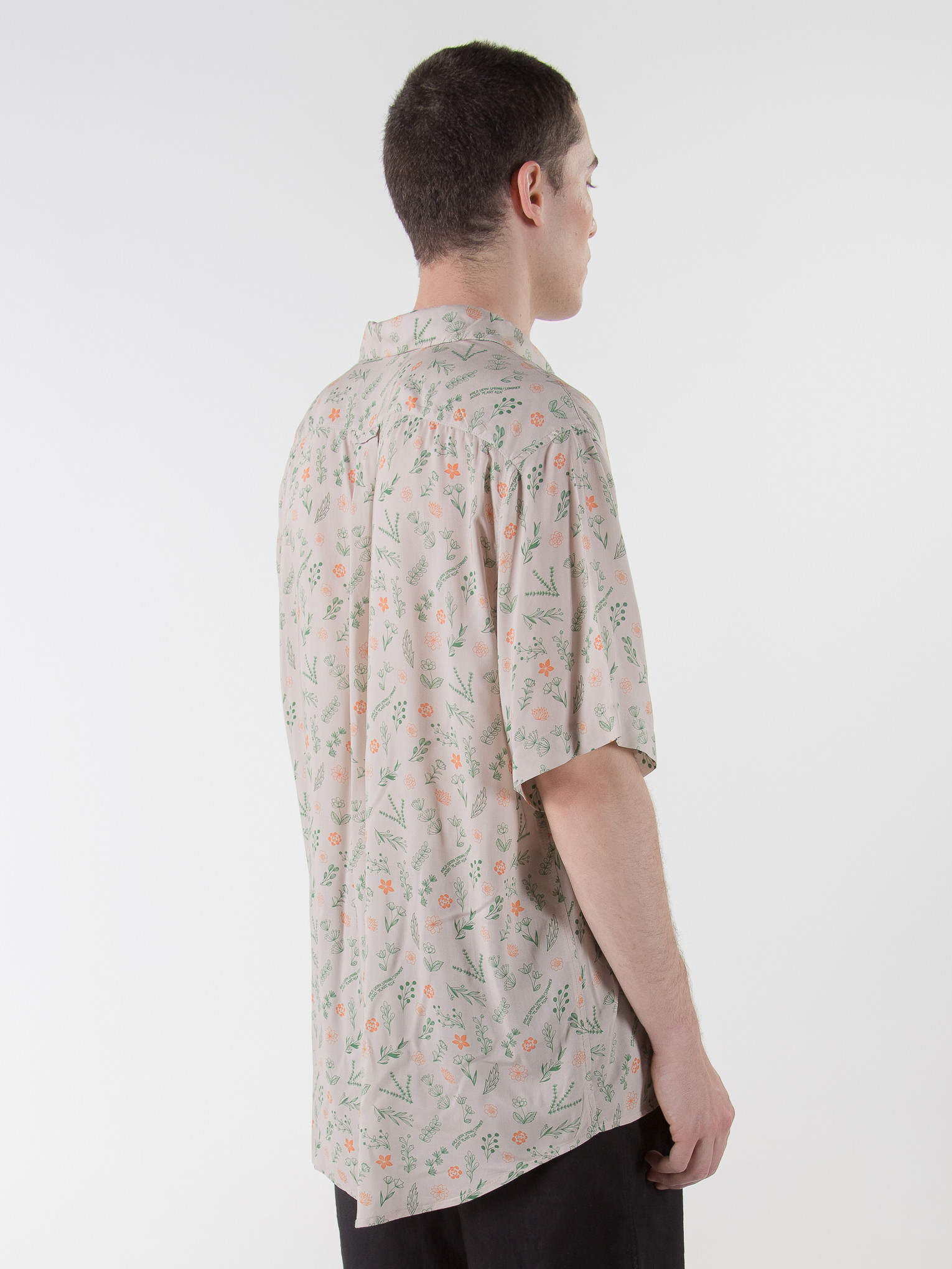 09_rold_skov_ss20_plantasia_shirt-09.jpg