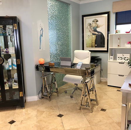 Newport Beach Office - Don't Wait 2 Rejuvenate, Nonsurgical facelift, skin tightening, acne removal, scar removal, UL therapy, Newport Beach