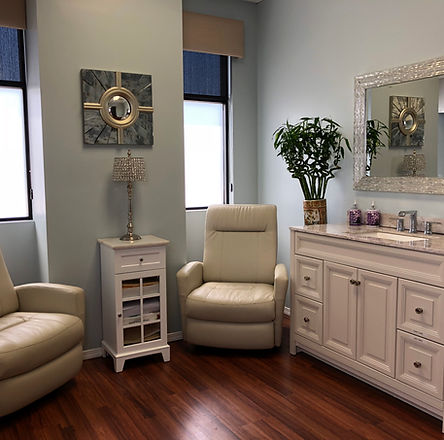 Nonsurgical facelift, skin tightening, acne removal, scar removal, UL therapy, Newport Beach