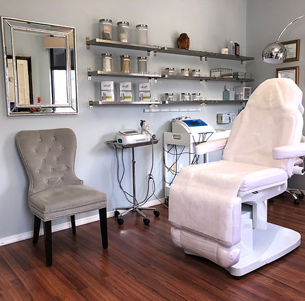 Newport Beach Office, Nonsurgical facelift, skin tightening, acne removal, scar removal, UL therapy, Newport Beach