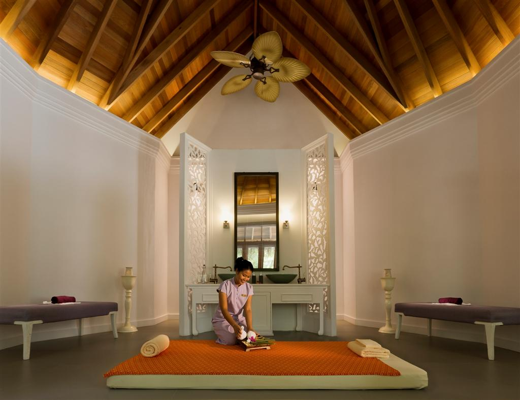 Devarana_Spa_treatment_room_photoSmall