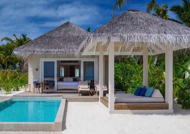 01_img_det_pool_grand_beach_villajpg