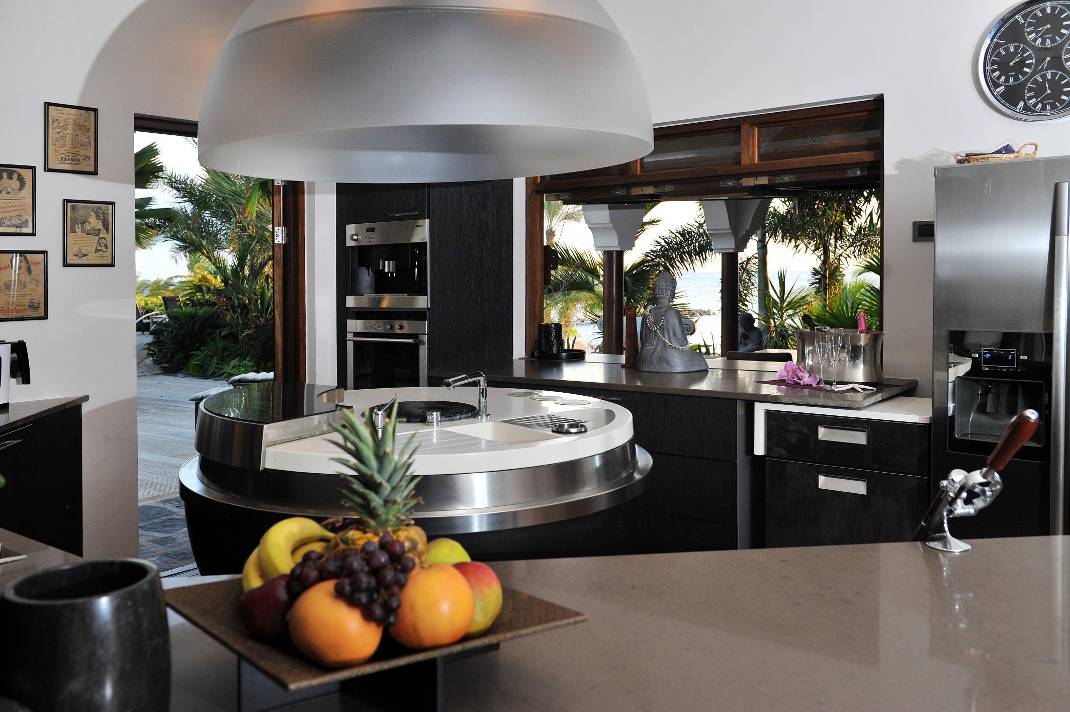 Mastervilla - Kitchen.jpg