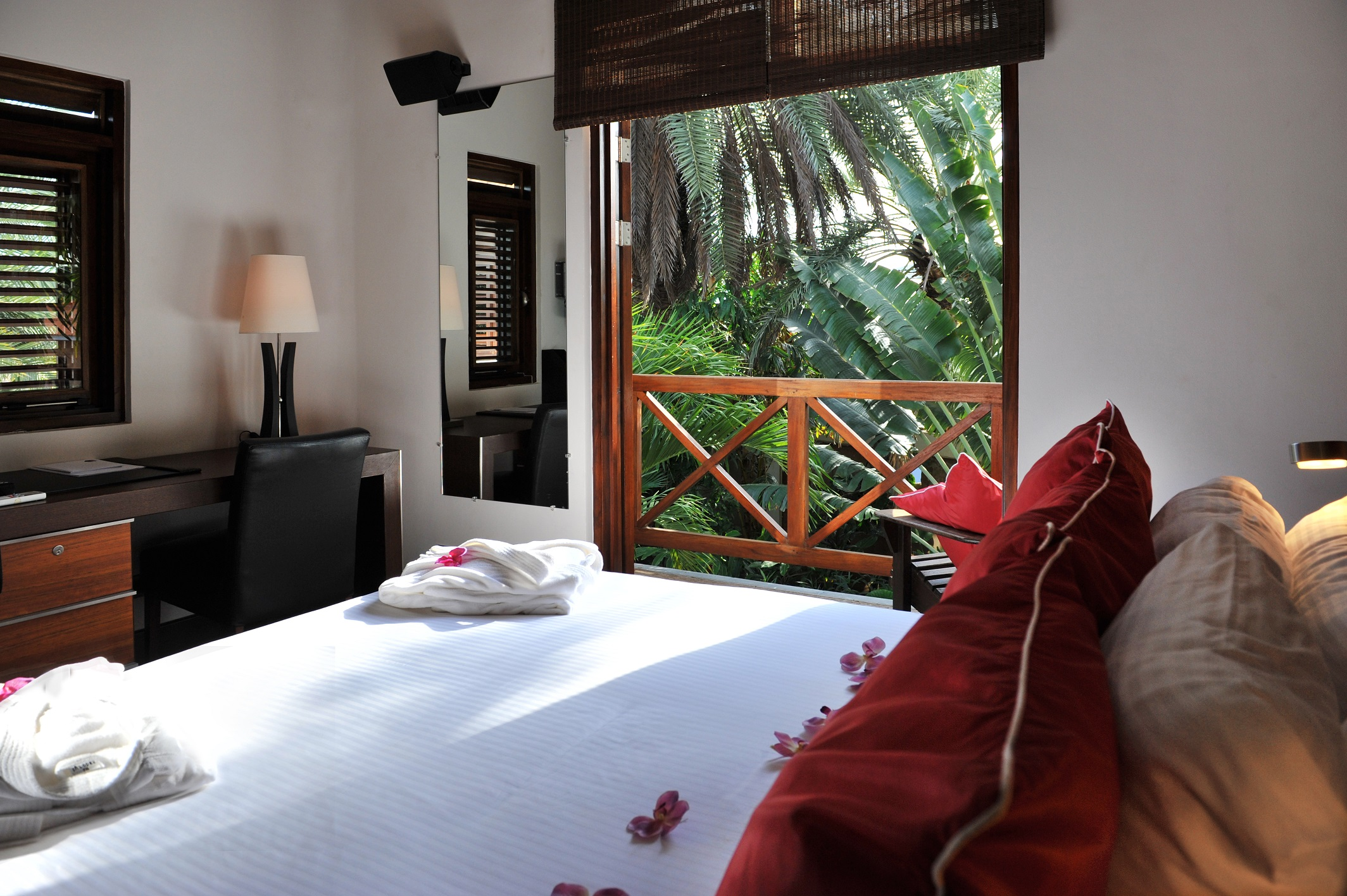 Private Pool Villa Bedroom (3).jpg