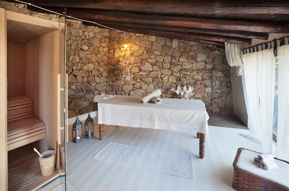 Pinky Villa Sardinia Italy yourescape-14