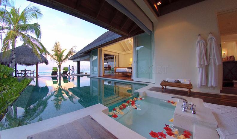 anantara-kihavah-villas-a-luxury-hotel-i