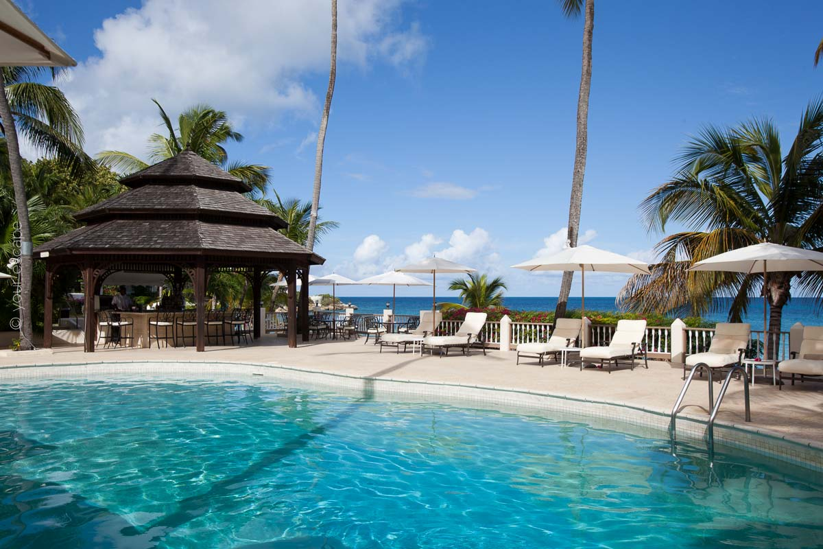 Blue Waters_Main Pool-your escape