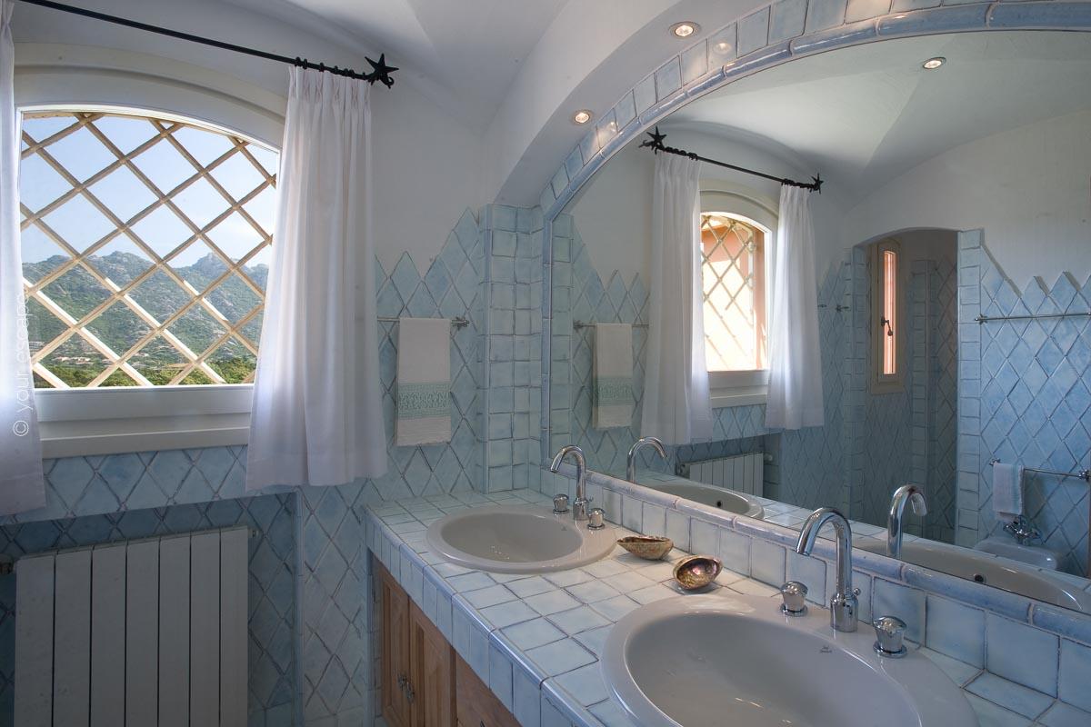 Villa Panoramica Sardinia Italy yourescape-11