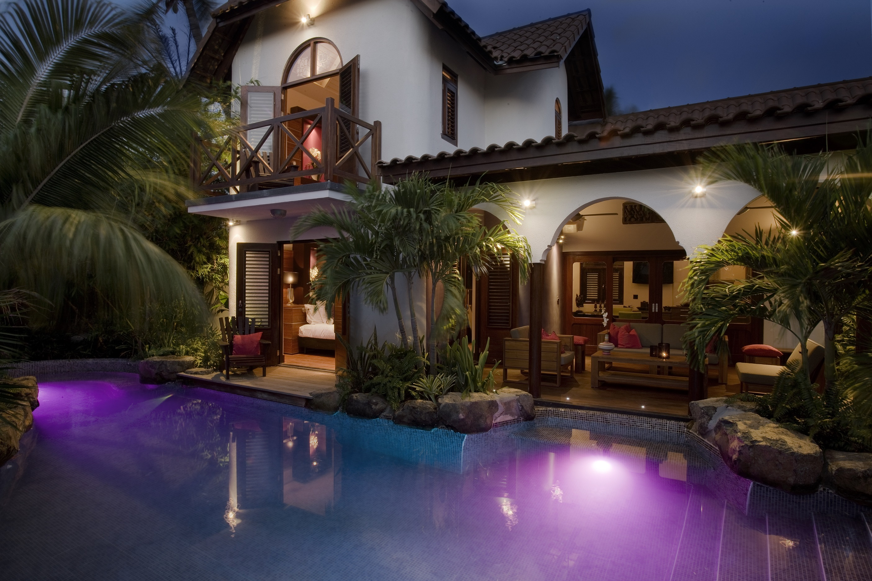 Private Pool Villa Overview at Night.jpg