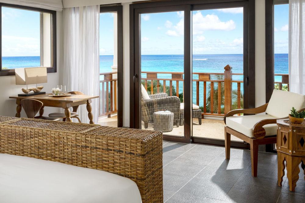 Zemi Beach House Hotel yourescape (6)