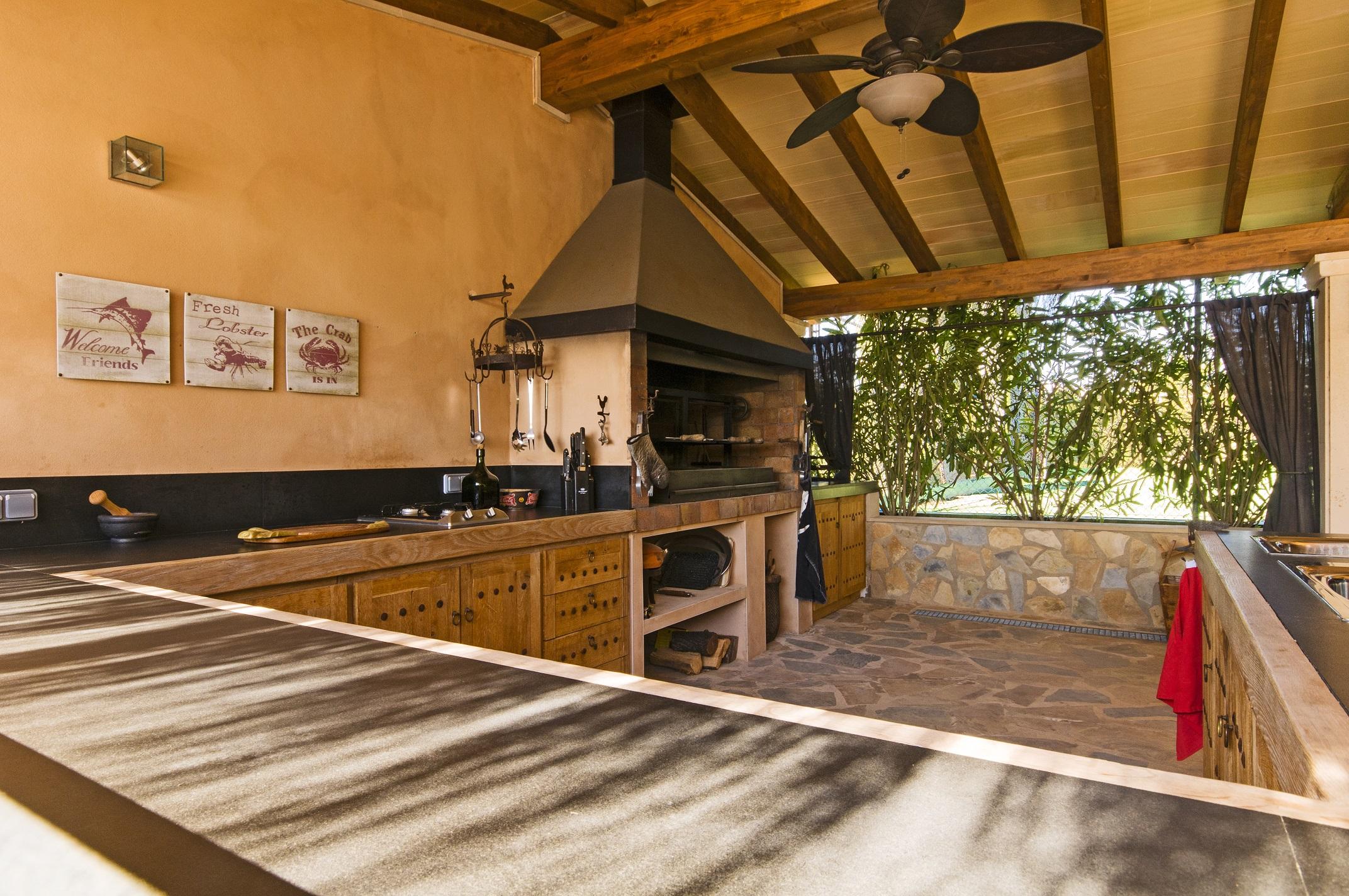 Finca Santa Maria outdoor kitchen